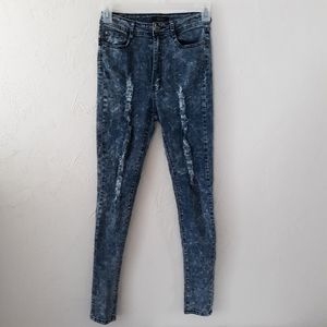 Red Fox Junior Size 9 Distressed Skinny Jeans